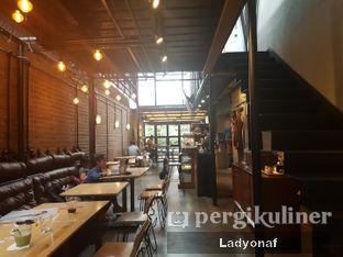 Foto 2 - Interior di Contrast Coffee oleh Ladyonaf @placetogoandeat