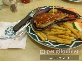 Foto 2 - Makanan di American Grill oleh William Wilz