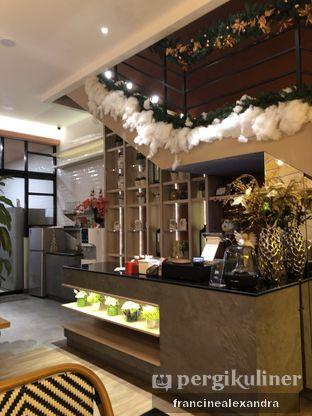 Foto 7 - Interior di Geulis The Authentic Bandung Restaurant oleh Francine Alexandra