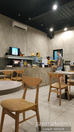 Foto 8 - Interior di Toebox Coffee oleh Saepul Hidayat