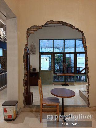 Foto 5 - Interior di Coffee Tea'se Me oleh Selfi Tan