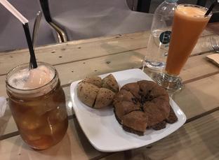 Foto 8 - Makanan di Red Blanc Coffee & Bakery oleh @eatfoodtravel