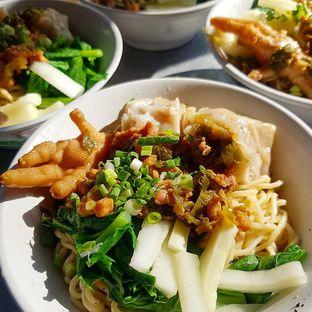 Foto 1 - Makanan di Mie Ayam Lada Hitam oleh denise elysia