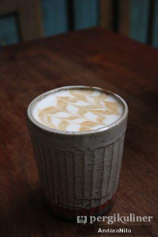 Foto - Makanan(Ice latte) di But First Coffee oleh AndaraNila