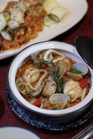 Foto 3 - Makanan di AW Kitchen oleh Nanakoot