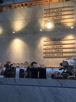 Foto 3 - Interior di Pivot Coffee oleh Nyayu Ista Yulita