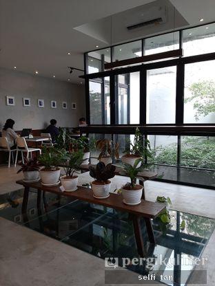 Foto 3 - Interior di Three Folks oleh Selfi Tan