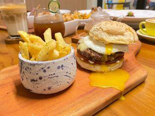 Foto review Komune Cafe oleh feedthecat  2
