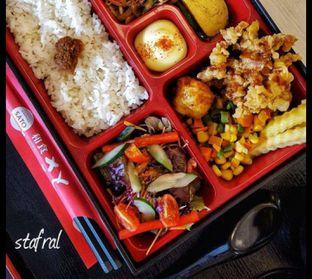 Foto 7 - Makanan(Bento Set) di Washoku Sato oleh Stanzazone