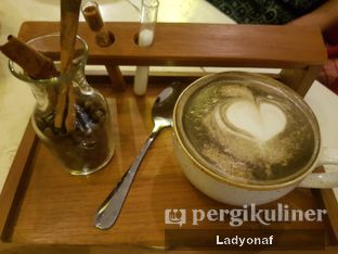 Foto review Tugu Kawisari Coffee & Eatery oleh Ladyonaf @placetogoandeat 5