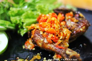 Foto 2 - Makanan di Sambal Khas Karmila oleh Ana Farkhana
