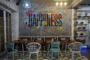 Foto 28 - Interior di Happiness Kitchen & Coffee oleh yudistira ishak abrar