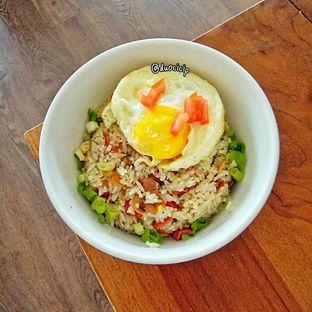 Foto 1 - Makanan(Smoked beef pepper rice) di Kolibrew oleh duocicip