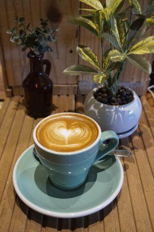 Foto 12 - Makanan di Six Ounces Coffee oleh yudistira ishak abrar