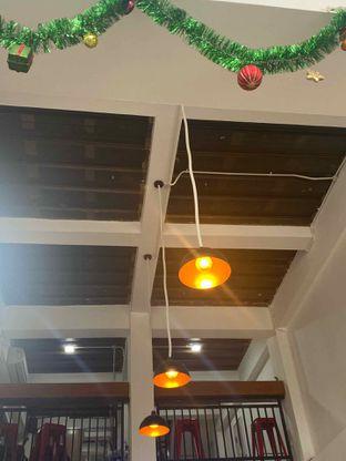 Foto 16 - Interior di Drips Coffee oleh Levina JV (IG : @levina_eat & @levinajv)