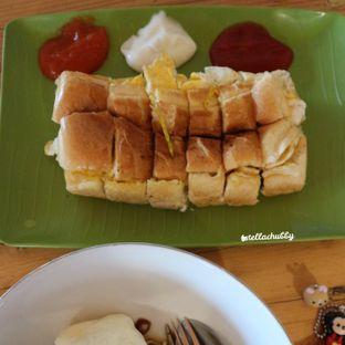 Foto 2 - Makanan di Ropisbak Ghifari oleh Stellachubby