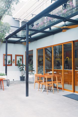 Foto 12 - Interior di Bruno Cafe In The Park oleh yudistira ishak abrar
