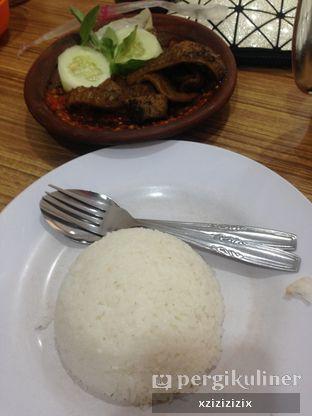 Foto 3 - Makanan(Nasi Putih) di Mie Mapan oleh zizi