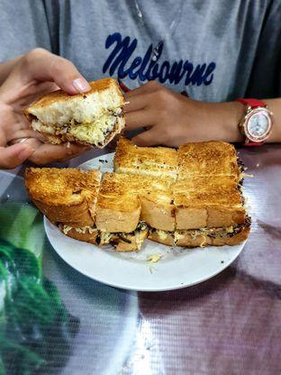 Foto 1 - Makanan(V8) di Roti Bakar Eddy oleh Adhy Musaad