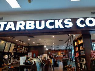 Foto 1 - Interior di Starbucks Coffee oleh Threesiana Dheriyani