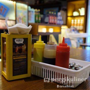 Foto review The People's Cafe oleh Darsehsri Handayani 8