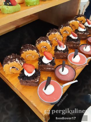 Foto 23 - Makanan di Canting Restaurant - Teraskita Hotel managed by Dafam oleh Sillyoldbear.id