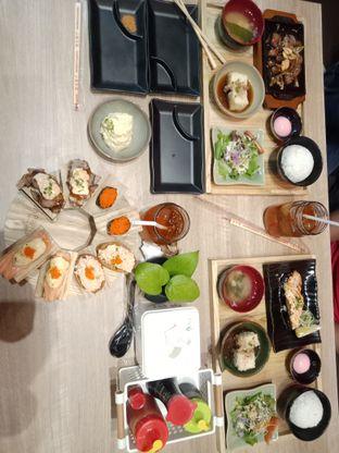 Foto 4 - Makanan di Japonika Sushi & Gozen oleh devina nagali