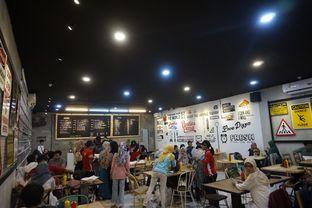 Foto 17 - Interior di Panties Pizza oleh yudistira ishak abrar