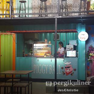 Foto 3 - Eksterior di Piggy Ball oleh JC Wen