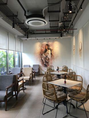 Foto 2 - Interior di Native Coffee Tribe oleh @Sibungbung