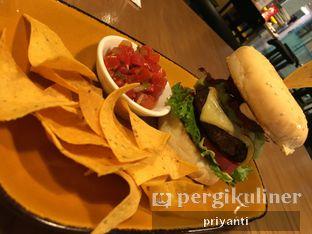 Foto 2 - Makanan(Tortas Guacamole Bacon Burger) di Gonzo's Tex Mex Grill oleh Priyanti  Sari