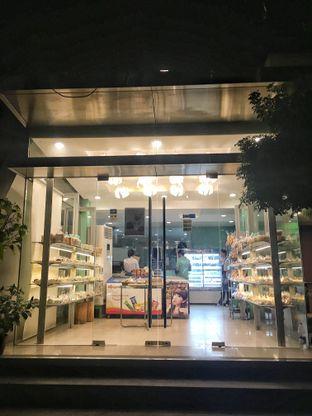 Foto 6 - Eksterior di Home Made Bakery oleh Nanakoot