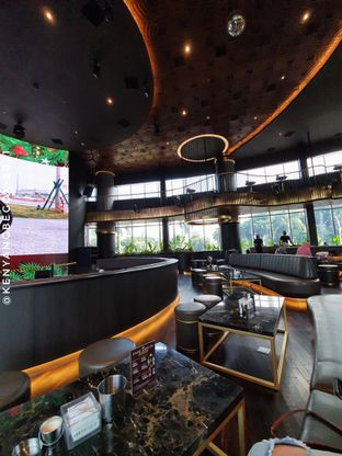 Foto 1 - Interior di Holywings Reserve oleh Vionna & Tommy