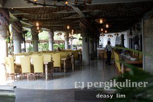 Foto 19 - Interior di Talaga Sampireun oleh Deasy Lim