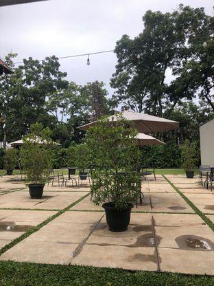 Foto review Volks Cafe Kozi Coffee - Hotel Malaka oleh Fadhlur Rohman 5
