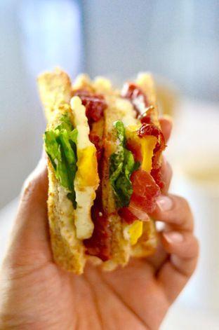 Foto 1 - Makanan di Sandwich Bakar oleh Couple Fun Trip & Culinary