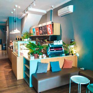 Foto 4 - Interior di Bhumi Coffee oleh duocicip