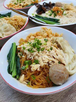 Foto 4 - Makanan di Bakmie Tjap Ayam oleh imanuel arnold