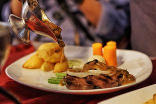Foto 1 - Makanan(Ox Tongue Steak) di Braga Permai oleh Fadhlur Rohman