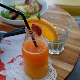 Foto review Yelo Eatery oleh Michael Lizar 3