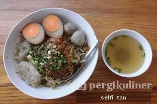 Foto 1 - Makanan di Bakmi Lamlo oleh Selfi Tan