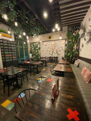 Foto 12 - Interior di Babochkaa Bistro & Coffee Bar oleh Riani Rin
