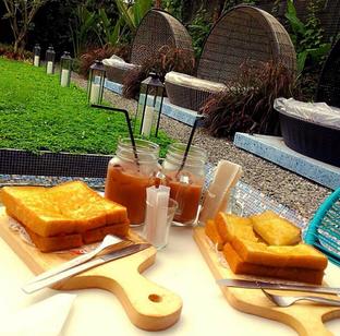 Foto 3 - Makanan di Lemongrass oleh RI 347 | Rihana & Ismail