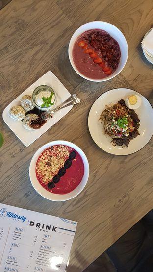 Foto 4 - Makanan di Wdnsdy Cafe oleh Rizky Sugianto