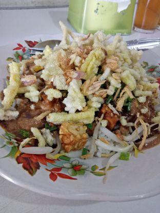 Foto 1 - Makanan di Lotek Mahmud oleh Novia Magdalena