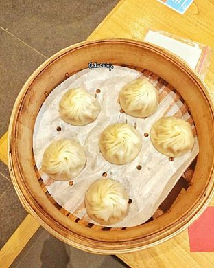 Foto 6 - Makanan(Xiao Long Bao Ayam) di Din Tai Fung oleh felita [@duocicip]