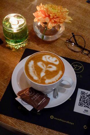 Foto review Noach Cafe & Bistro oleh Amar Khaqqi 1