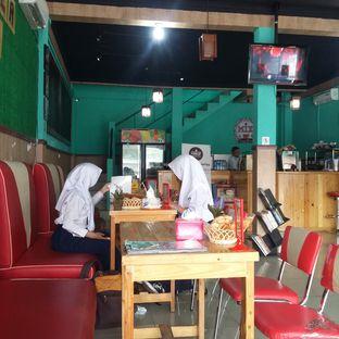 Foto 21 - Interior di Mix Diner & Florist oleh Andin   @meandfood_