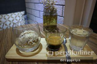 Foto 1 - Makanan(Affogato) di Qubico Coffee oleh Desy Apriya