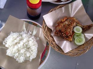 Foto - Makanan di Ayam Gepuk Pak Gembus oleh domia